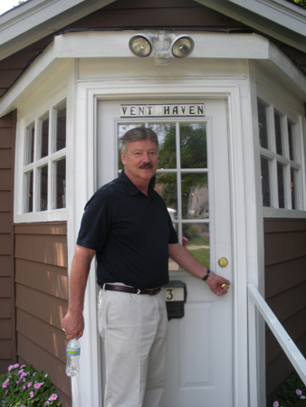 Dale at Vent Haven Door